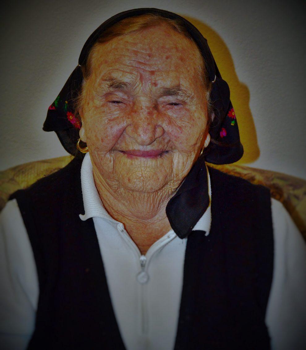 izlazim sa starijom ženom